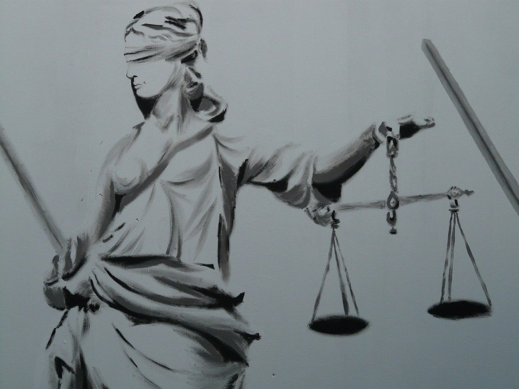 This image has an empty alt attribute; its file name is justice-9017_1280.jpg